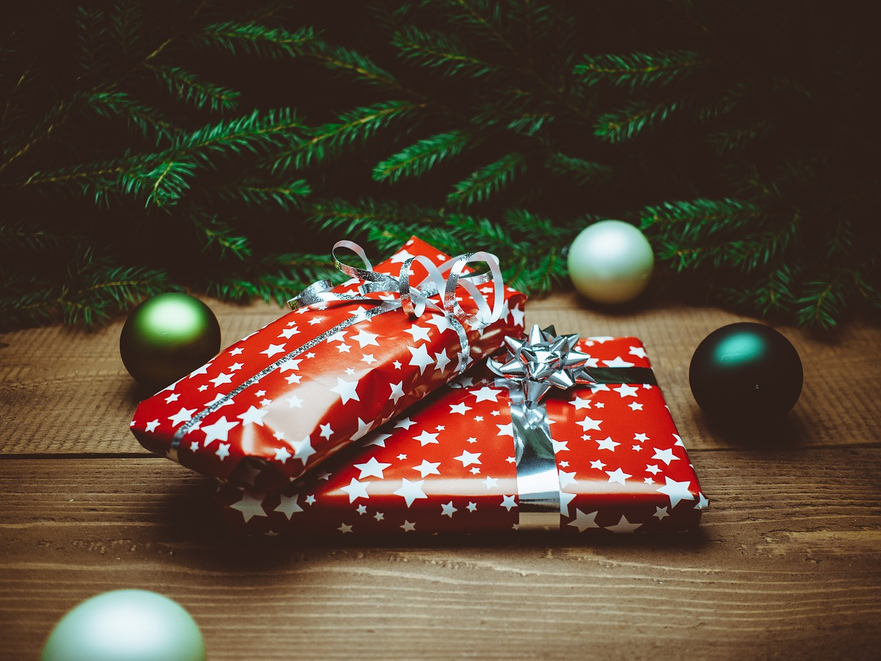 A More Empowering Christmas Gift Give-Away