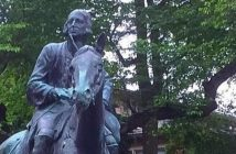 Photo of a John Wesley on horseback statue