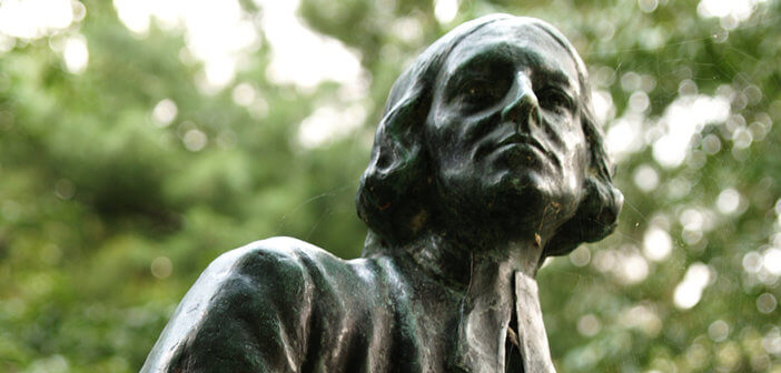 Head shot of John Wesley statue