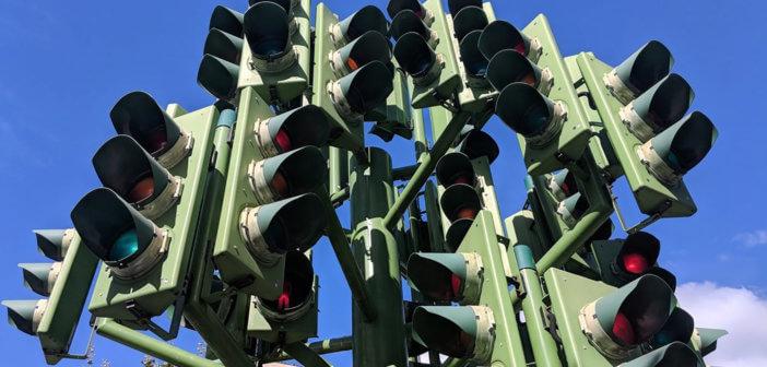 Traffic Light Tree sculpture by Pierre Vivant, 1998